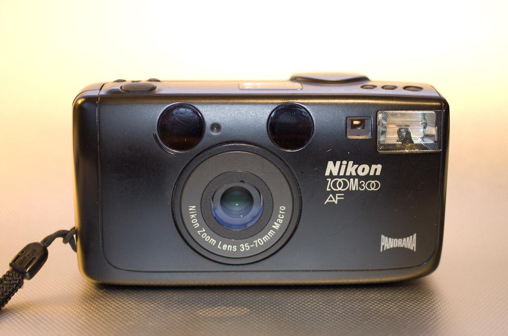 NikonZoom300-8882