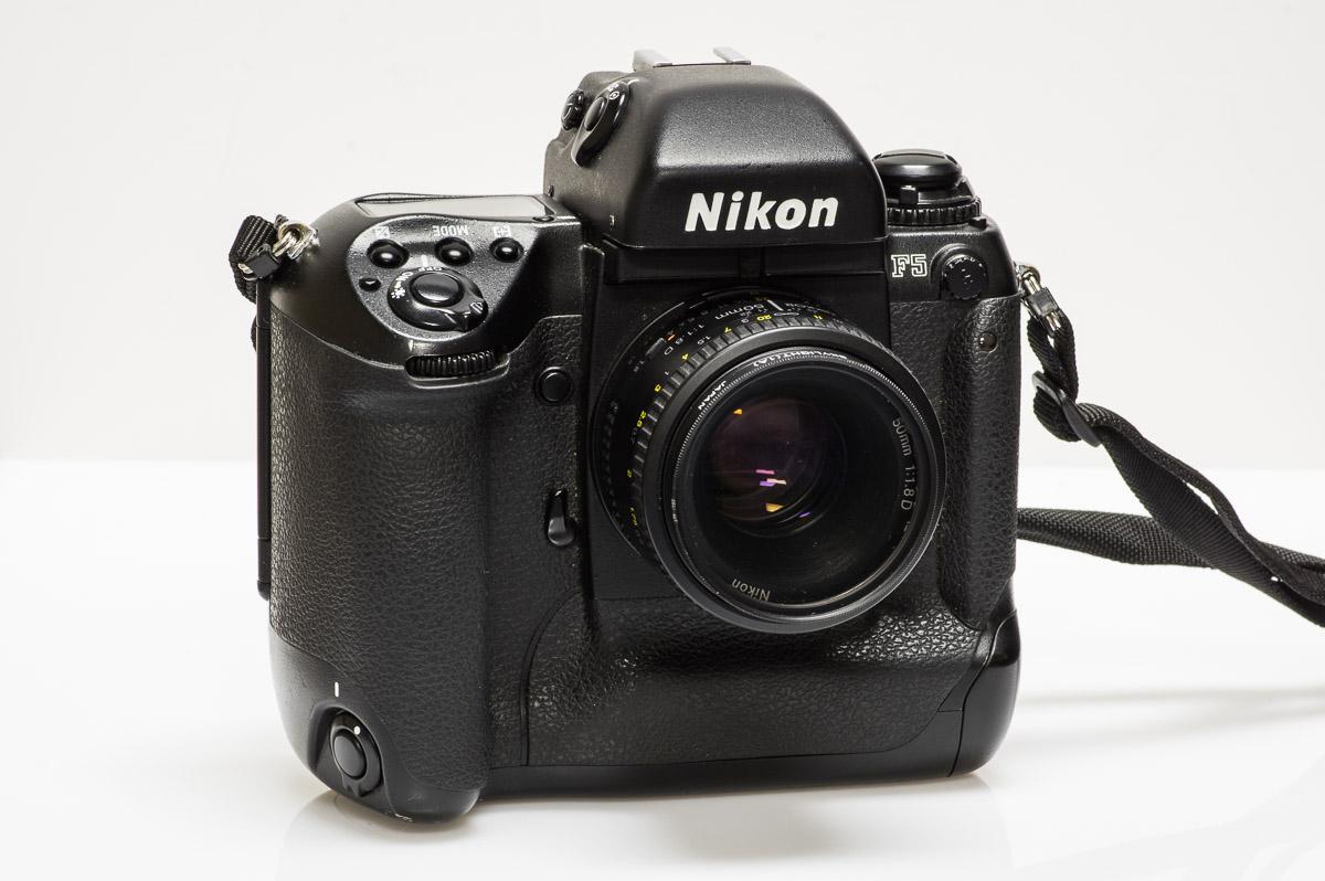 Nikon_F5-4146